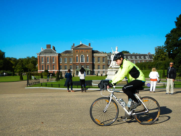 A confused rider ignoring Kensington Palace on his right