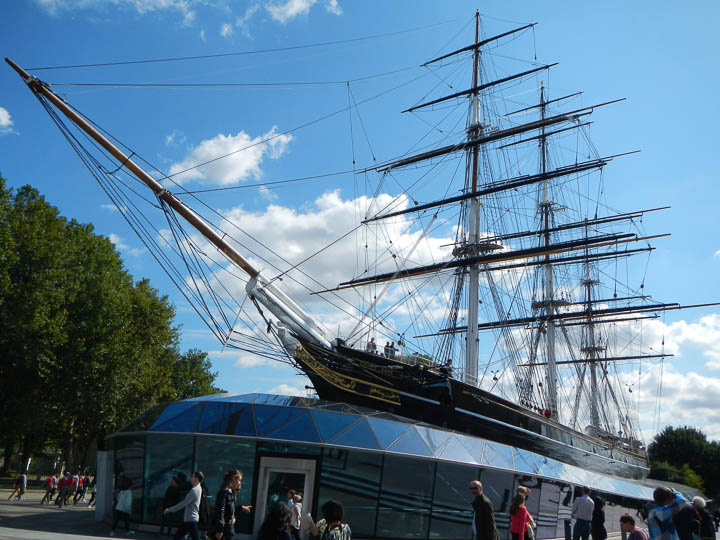 The Cutty Sark — another reason for a wider lens!